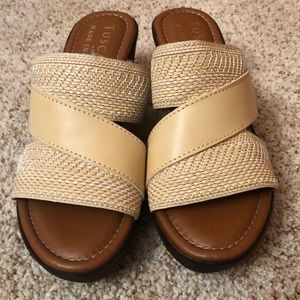 Tuscany sandals made in Italy.  Size 5.  New